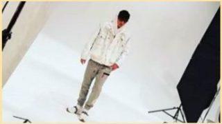 MIU404綾野剛の白いスニーカーはReebok