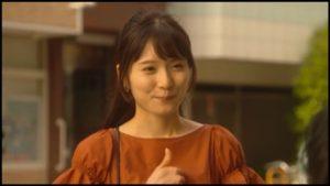 カネ恋の松岡茉優がフリマでみつけたイヤリング