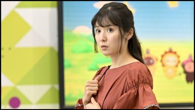カネ恋の松岡茉優のイヤリングのブランドは?