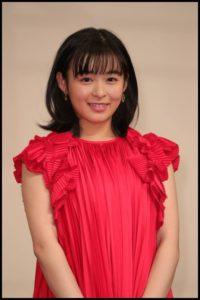 森七菜の赤のドレス