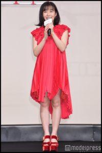 森七菜のドレス